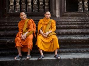 due-monaci-ramesh-balsekar-storiella-300